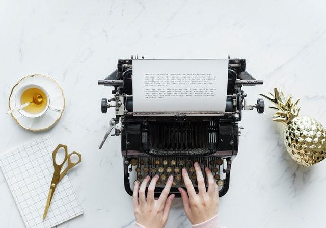 Scrivere i dialoghi di un romanzo interessanti